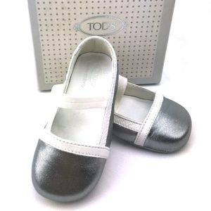 Tod's Baby Shoes - TOD'S BABY Italian Leather Ballerinas in Silver wi